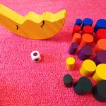 【お月さまバランスゲーム】子供と一緒に遊ぶなら、大人も本気で遊べるおもちゃがオススメ。