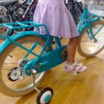 自転車をいつ買ってあげようか、どのサイズを買ってあげようか、悩む。