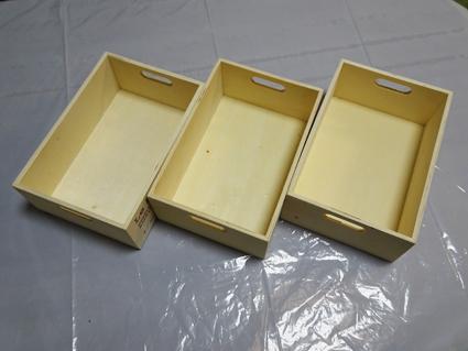 【工作】セリアの木箱でアクアビーズとアイロンビーズとプラバン入れを作成。【完成品の収納箱】