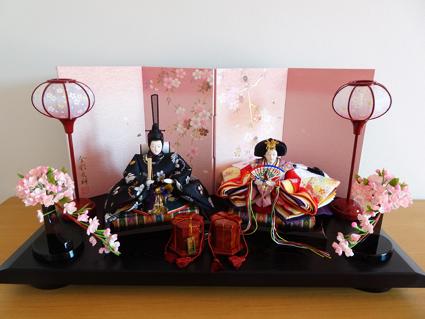 雛人形っていつから飾る?我が家は大安の本日飾りました。