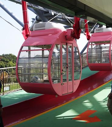 【葛西臨海公園】ピンクの観覧車に乗りたい〜とハシャグ女子。ゴンドラの色は選べるの?