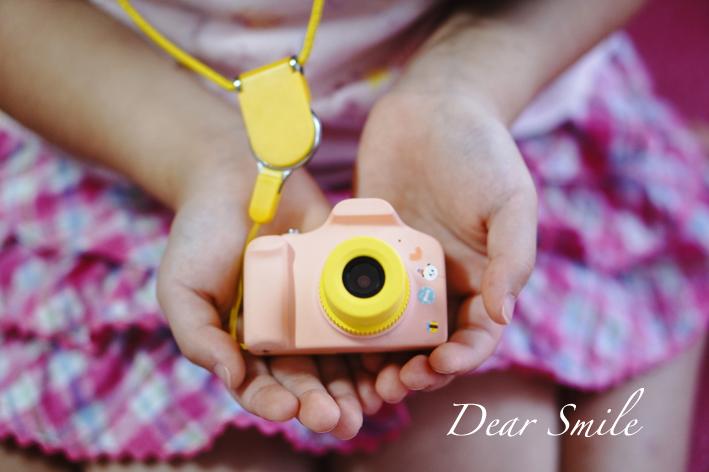 【レビュー】キッズカメラってどうなの?娘にプレゼントした小型で軽量の可愛い『ビジョンキッズ』のキッズカメラを2年間使ってみた感想。【修正箇所有り】