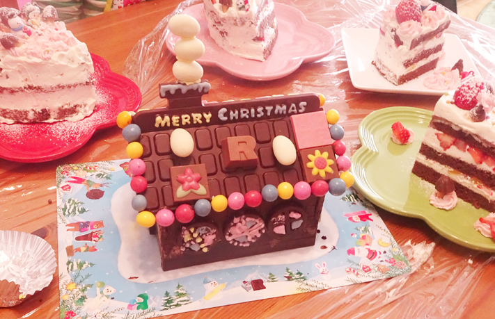 【ROYCE'(ロイズ)】今年もロイズのアドベントカレンダーとチョコレートの家のキットを購入しました。【2020年】